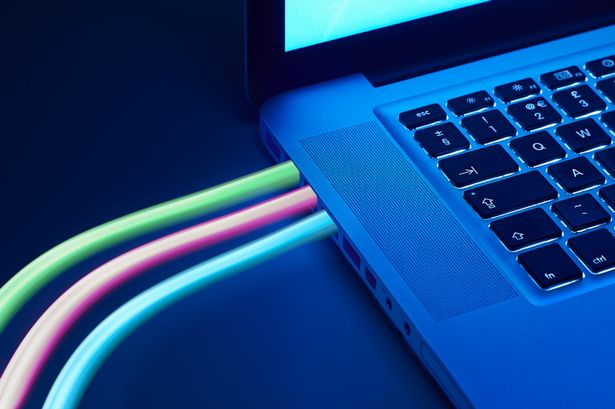 Mirror Digital Switching Service customers can save up to £260 by switching broadband provider