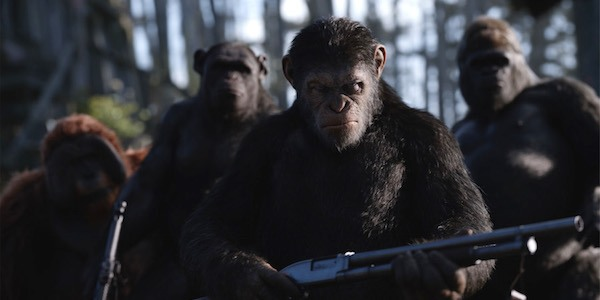 Caesar leading troops in War for the Planet of the Apes